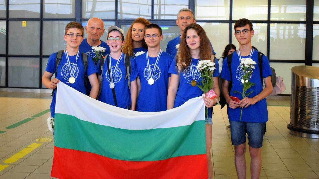All Bulgarian Participants at the 22nd JBOM Are Returning with